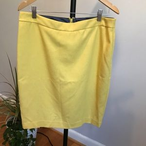 Cabi yellow pencil summer pencil skirt size 10